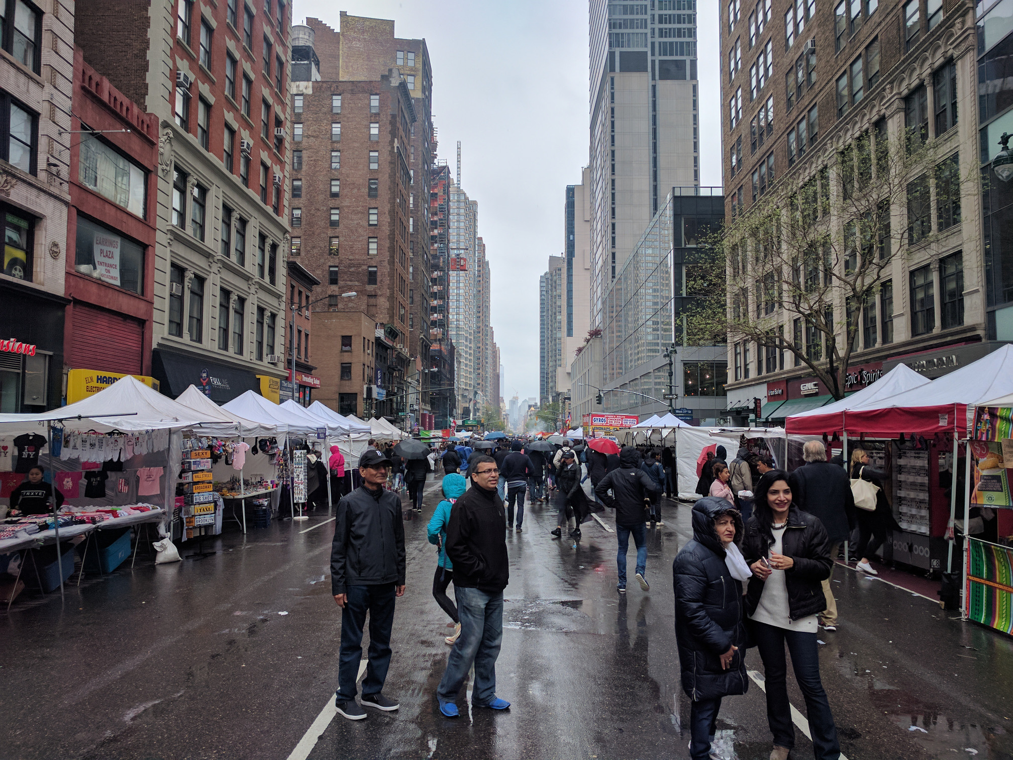 6th Avenue Food Stands